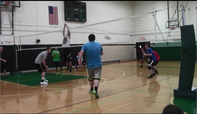 Boys Volleyball Adjusts to New Coach