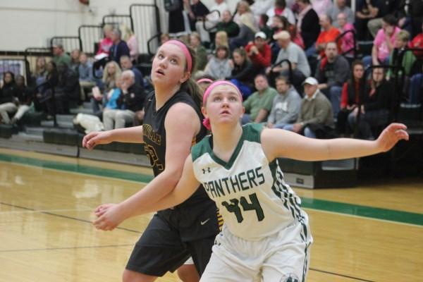 Girls Basketball vs. Oakville 2/25/16