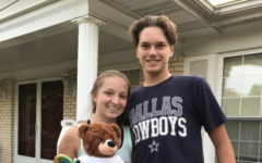 Students Propose for Homecoming