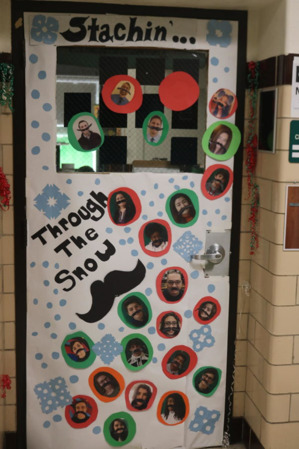 Door Decorating Entry: Room 207 Mrs. Riddle