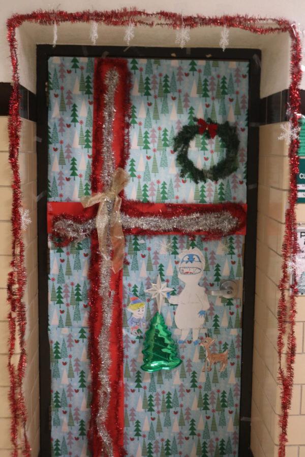 Door Decorating Entry: Room 215 Mrs. Paul