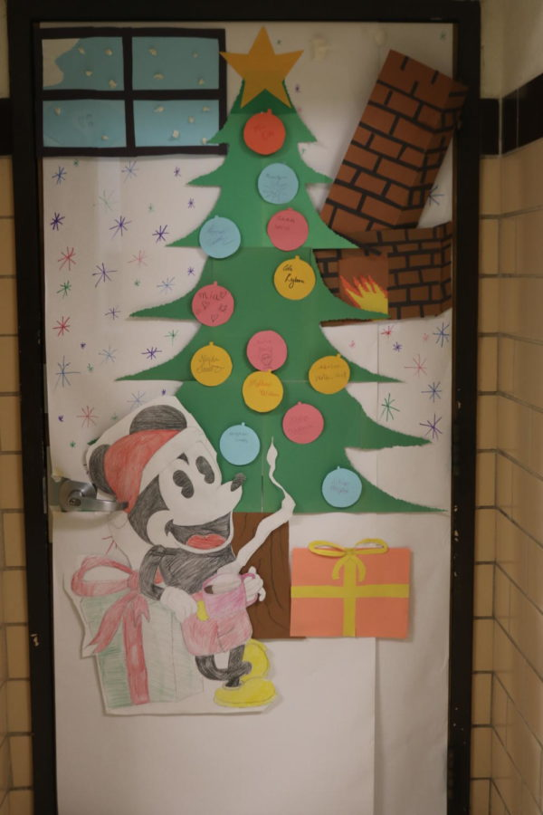Door Decorating Entry: Room 219 Ms. Ode
