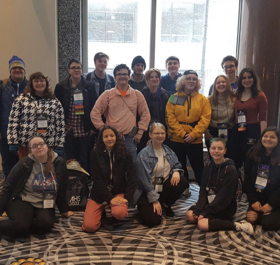 Group photo of the Mehlville Drama Troupe at the Missouri Theater Convention.